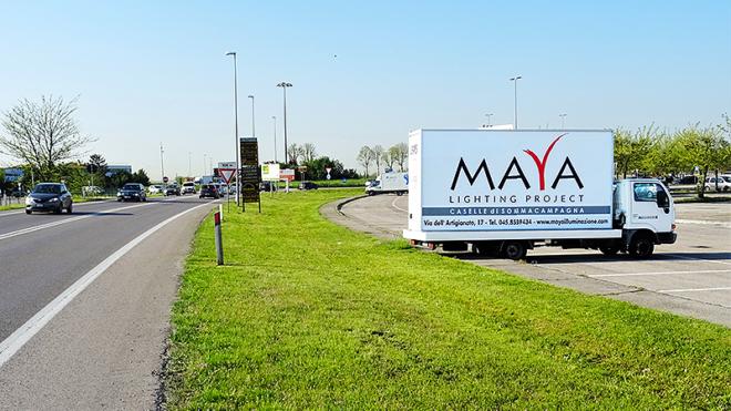 Pubblicità su furgoni: raggiungi i punti strategici della città